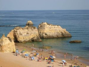 melhor praia de portimão