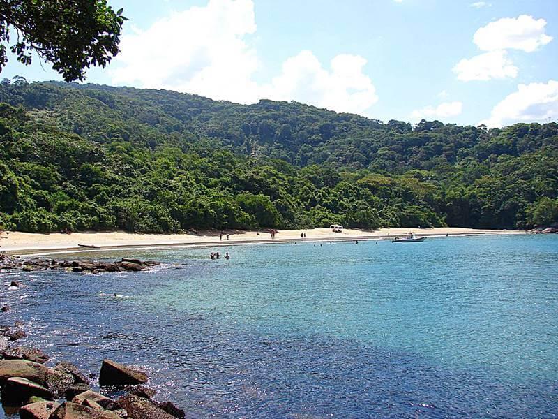 praia deserta em ubatuba - Ubatuba praias: você vai se impressionar!
