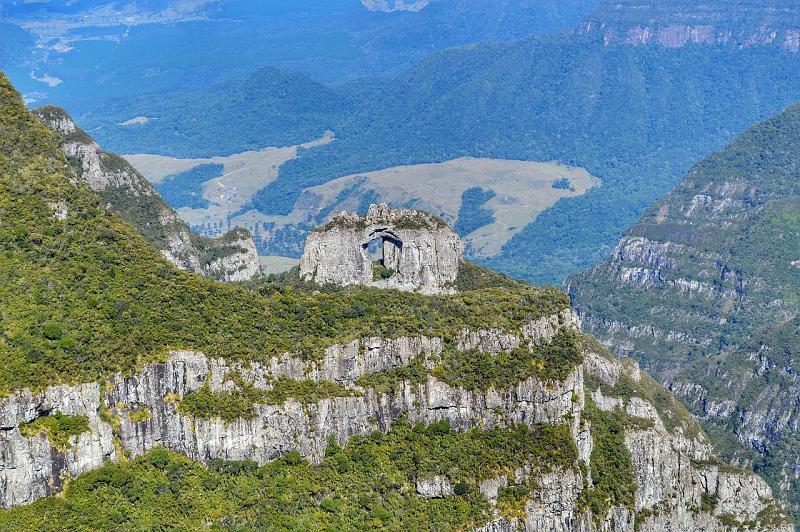 pedra furada sc - Serra de Santa Catarina: cidades, atrações, dicas e roteiros