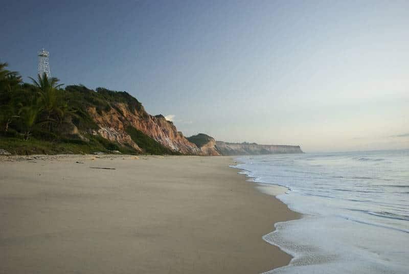 praia do farol prado bahia - Sorria dobrado, você está em Prado, Bahia!