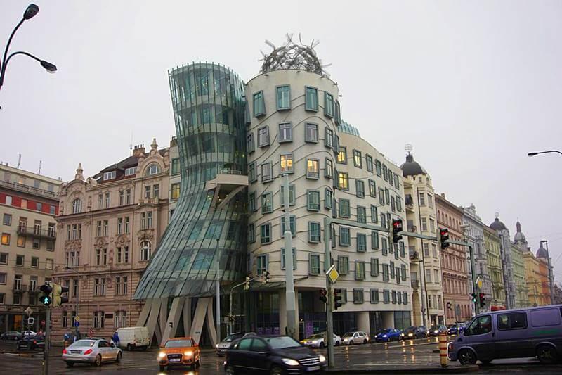 casa dancante praga - Cidade de Praga: dicas de viagem pra capital da República Tcheca