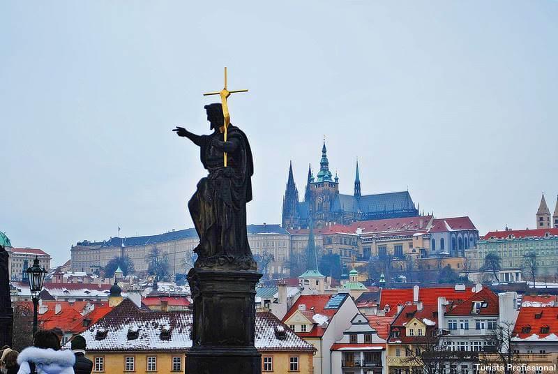 castelo de praga - Cidade de Praga: +30 dicas de viagem pra capital da República Tcheca