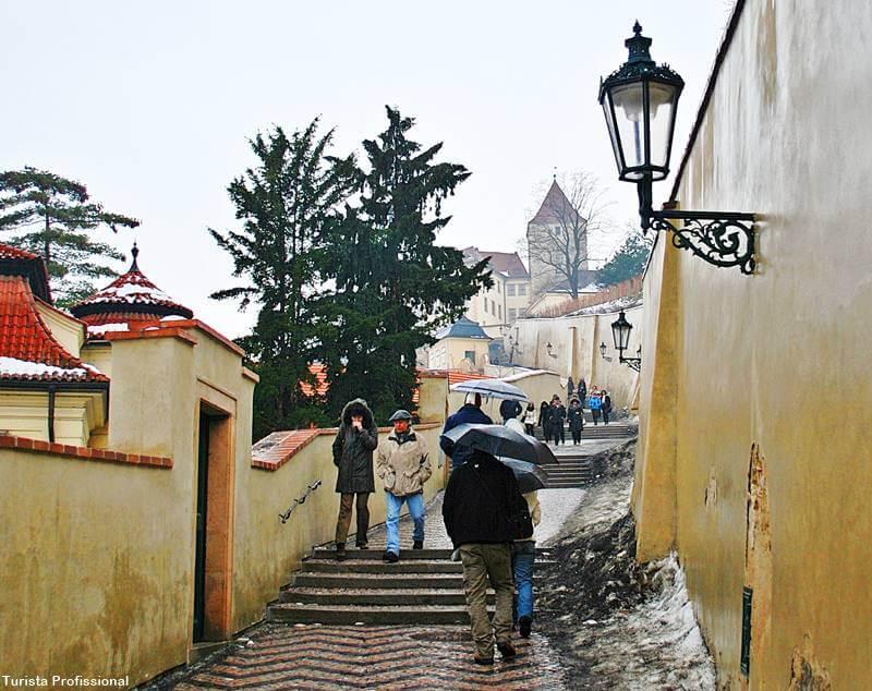 como se locomover em praga - Cidade de Praga: +30 dicas de viagem pra capital da República Tcheca