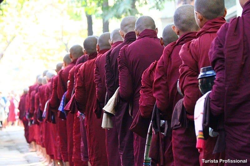 monges em Mandalay - Mianmar