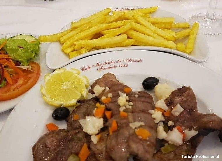 porco preto assado - Martinho da Arcada, o café mais antigo de Lisboa