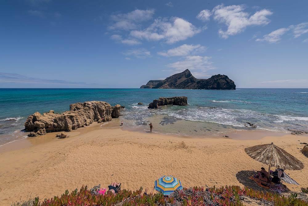 Praia Ponta da Calheta em Porto Santo Madeira - 16 curiosidades da Ilha da Madeira
