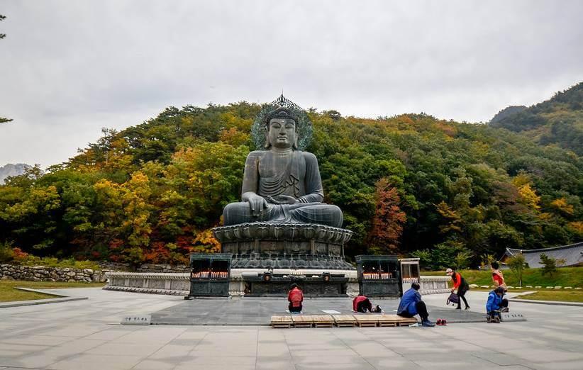 buda gigante coreia do sul - 20 Pontos Turísticos da Coreia do Sul