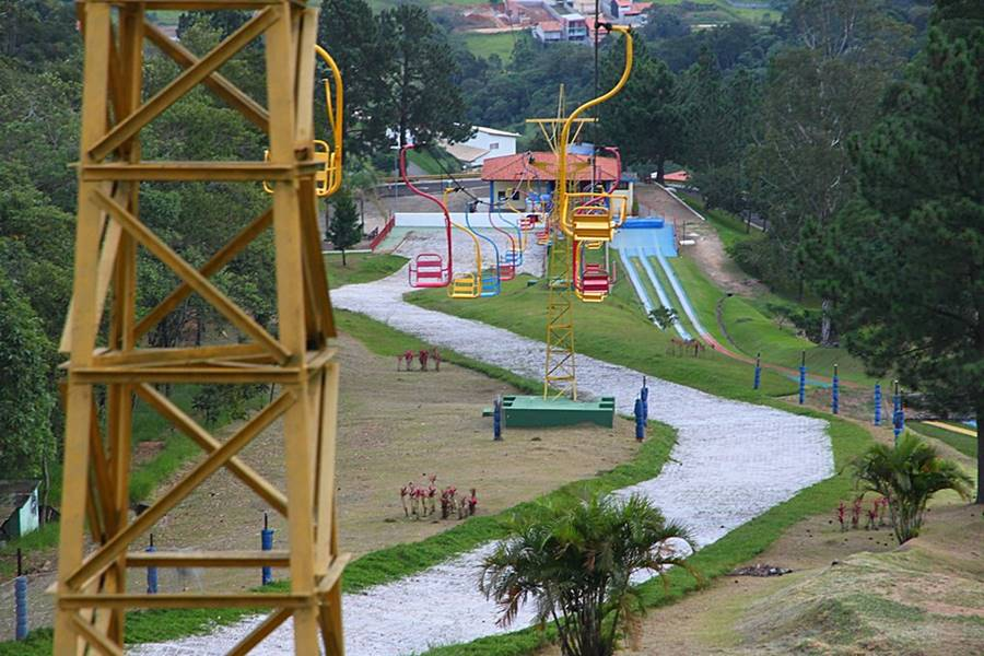 ski mountain park - 20 Lugares para viajar em SP