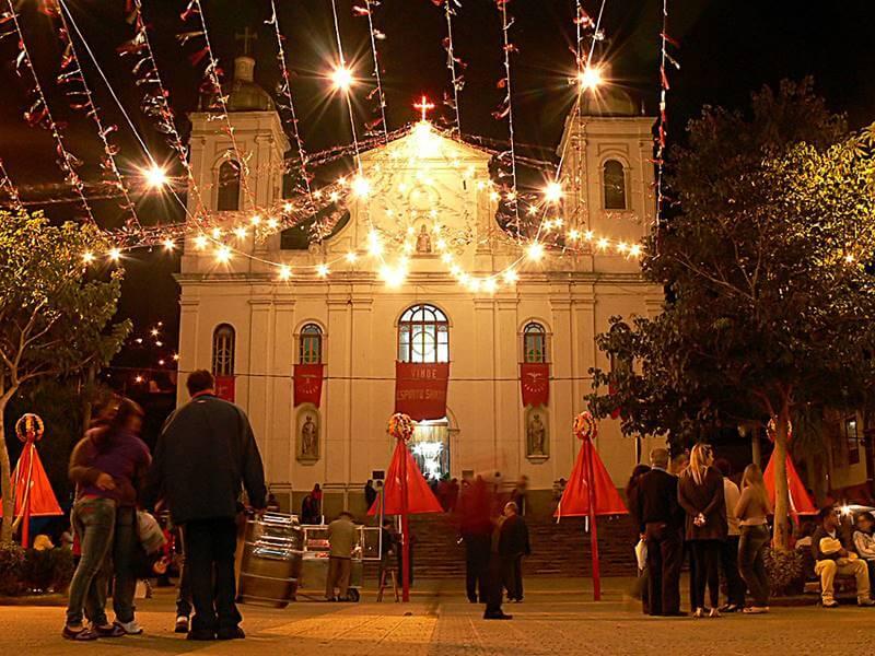 folia do divino sao paulo - 20 Lugares para viajar em SP
